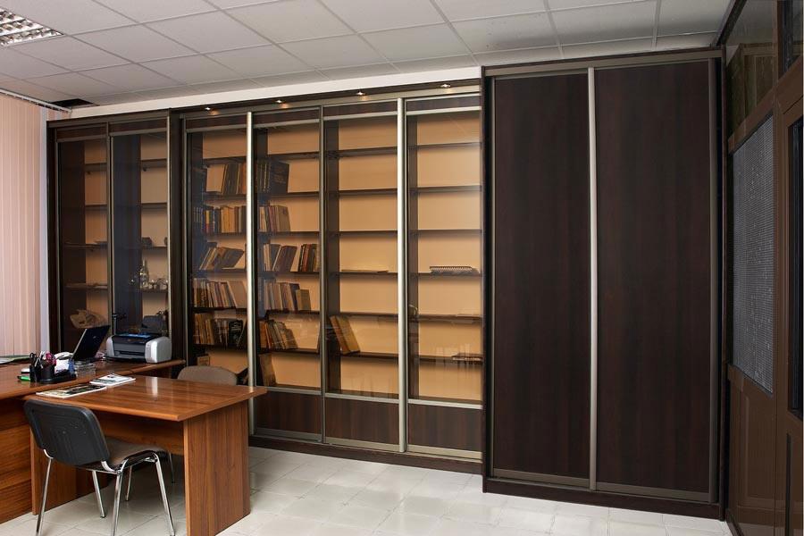 Как выбрать шкаф-купе для офиса?